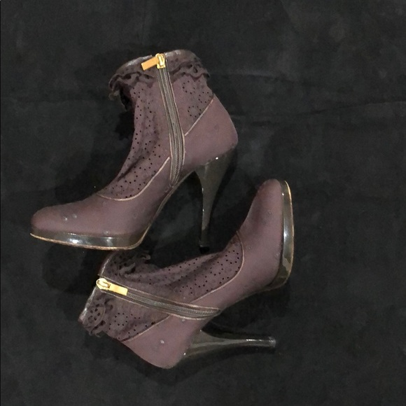Louis Vuitton brown lace up ankle boots